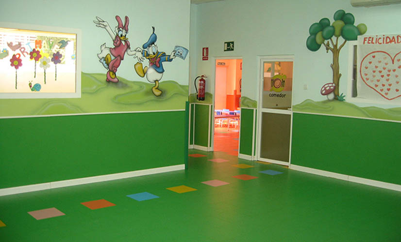Floors and wall covering - Rainbow - Kindergarten Hallway
